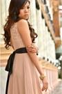 Light-pink-debbie-co-dress-black-mango-heels