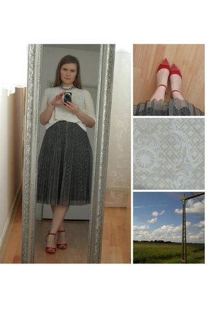 cream Mango top - gray vintage skirt - ruby red Mango heels