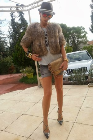 yellow Stella McCartney bag - silver Only shorts - chartreuse pull&bear t-shirt