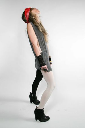 gray  t-shirt - American Apparel tights - black sam edelman boots
