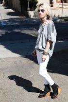 gray shoulder stud Joes Jeans t-shirt - black brisbane Jeffrey Campbell boots
