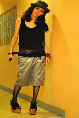Kookai skirt - none hat - wardrob no5 top - leather none bracelet