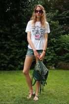 dark green street level bag - white Wulterkens shirt - blue Bershka shorts