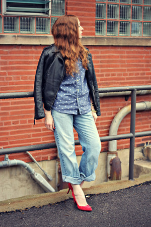 faux leather jacket - boyfriend jeans - shirt - red heels