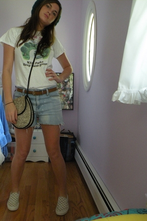 shirt - Urban Outfitters shorts - purse - Nordstrom belt - Vans shoes