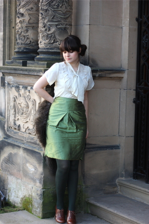 white vintage blouse - green skirt - green vintage skirt - green tights - brown