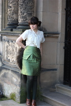 white vintage blouse - green skirt - green vintage skirt - green tights - brown