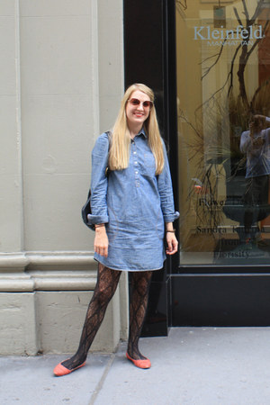 black Target tights - periwinkle Lands End for Sears dress - gold H&M sunglasses