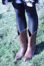 Tawny-vintage-boots-dark-brown-vintage-dress-magenta-tk-maxx-coat