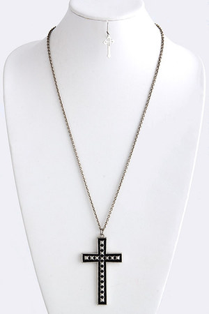 back to cool Shop La Catrina necklace