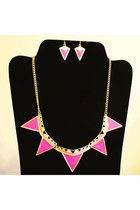 bold Shop La Catrina necklace