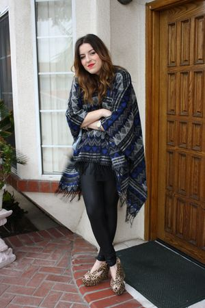 Forever 21 cardigan - Guess leggings - Jeffrey Campbell shoes