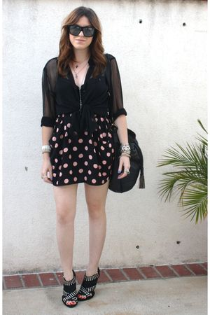H&M blouse - H&M skirt - Zara shoes - f21 purse - Gucci sunglasses