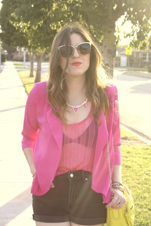 Shop La Catrina necklace - shopakira blazer