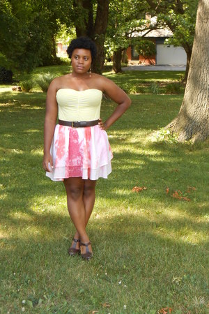 tie-dye Target skirt - dark brown t-strap Forever 21 heels - striped H&M top