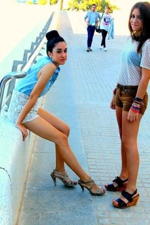 shirt - shorts - sandals