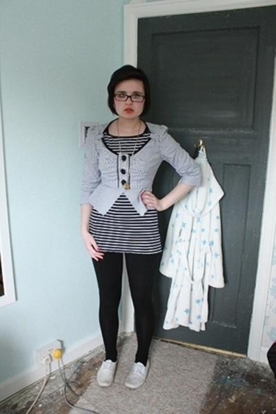 H&M shirt - bay trading blazer - bay trading leggings - Topshop shoes - Miss Sel