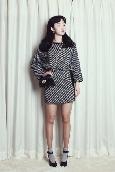 faux leather ARTFIT bag - tweed wool ARTFIT pants - tweed knit ARTFIT top