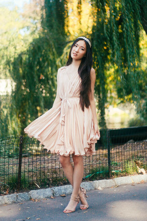 pleated Chicwish dress