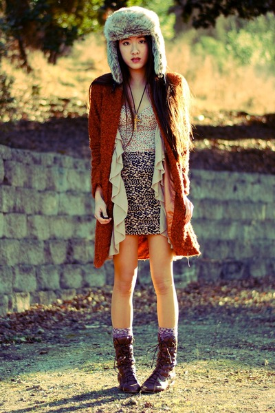fur H&M hat - wooly Piko 1988 coat - ruffled H&M vest