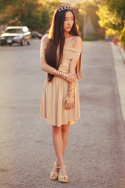 nude OASAP dress - chain headband vintage accessories