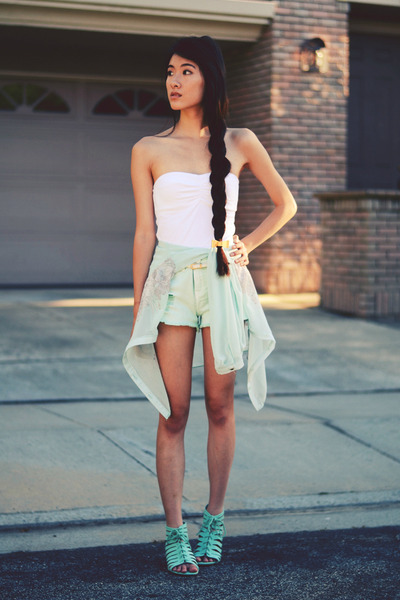 mint denim awwdore shorts - chiffon Siren London blouse