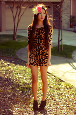 leopard print OASAP dress - DIY accessories