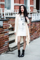 Tobi dress - peach pashmina Tobi scarf - silver cameo Susanna Galanis necklace