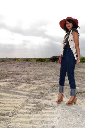navy high waist Silence & Noise jeans - burnt orange floppy Ebay hat - black ban