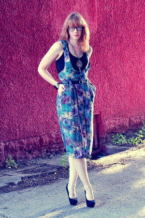 vintage dress - black vintage top - black H&M pumps