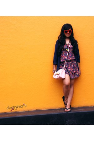 navy navy Zara jacket - light pink bangkok bag - red heart shaped Goa sunglasses