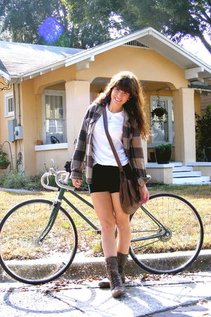 Forever21 t-shirt - American Apparel shorts - Lucky Brand jacket - H&M purse - S