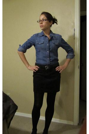 blue shirt - dark brown skirt - black tights