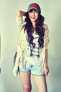 Light-blue-jeans-teal-hat-ruby-red-hat-ivory-t-shirt-cream-cardigan-bl