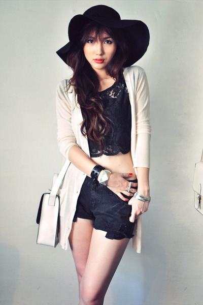 black shirt - off white bag - cream cardigan - ruby red accessories