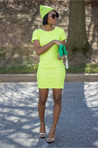 yellow Lulus dress
