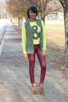 yellow Forever 21 sweater - brick red H&M pants