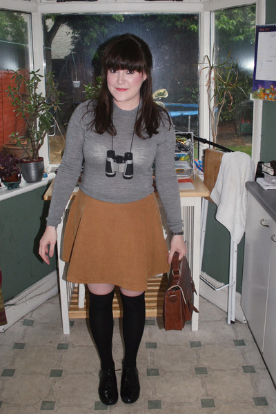 American Apparel skirt - Topshop jumper