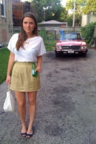 forever 21 t-shirt - thrifted and altered skirt - pink shoes - thrifted purse -
