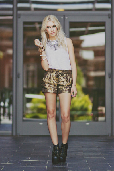gold metallic BCBG shorts - black Jeffrey Campbell boots