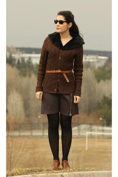 bronze derimod shoes - bronze Topshop belt - dark brown grandma  cardigan - dark