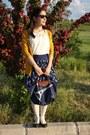 Navy-longchamp-bag-navy-atmosphere-skirt-cream-vintage-blouse