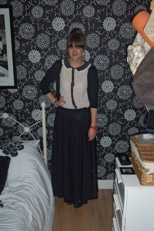 Clothing at Tesco skirt - Topshop boots - Primark cardigan - Primark blouse
