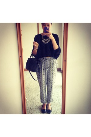 black Urban Outfitters sweater - Urban Outfitters pants - Michael Kors flats