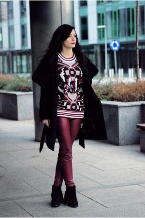 black cotton Zara coat