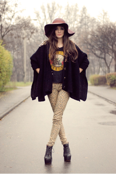 brown hippie lulus hat , mustard leopard H\\u0026M pants , black rocker  romwe jumper