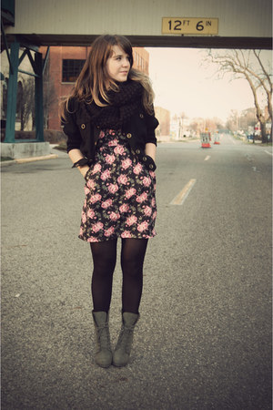 army green threadsence boots - bubble gum gifted dress - black Forever 21 coat
