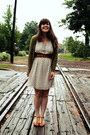 Off-white-francescas-collections-dress-tawny-urban-outfitters-heels