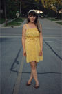 Gold-modcloth-dress-brown-urban-outfitters-shoes-white-forever-21-accessorie