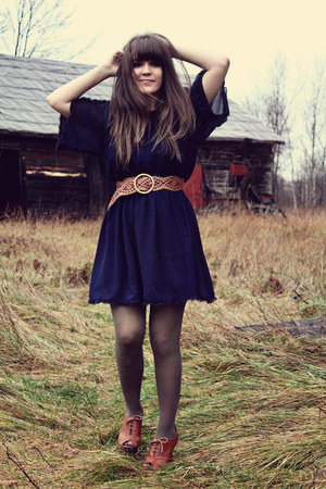 tawny Francescas Collections belt - navy modcloth dress